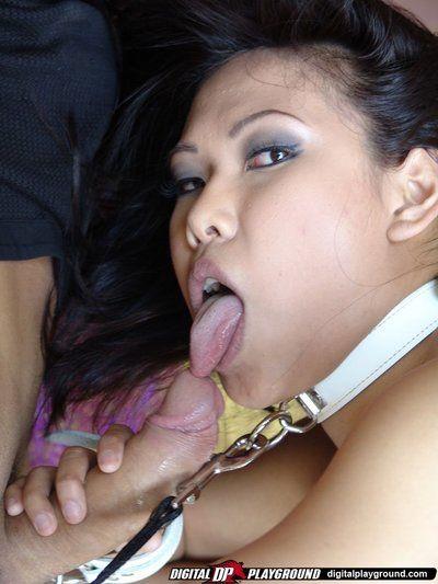 Маленький Трах На поводке Азии Вероника Линн получает ее лицо Сперма Оштукатуренные после езда а Хуй