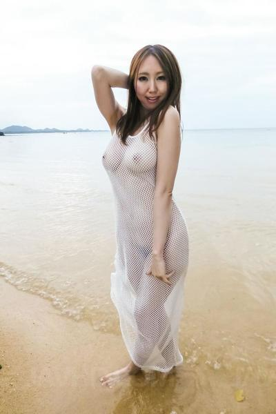 Ruka Ichinose showed off in transparent white wet dress at the ocean and then hotly fucked on coast