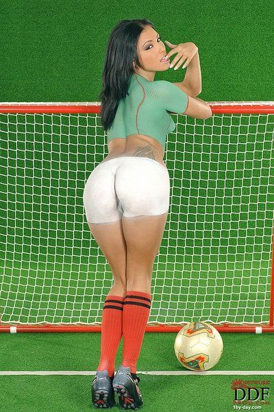 Raven haired European babe Anetta Keys attracted to soccer uniform and body art