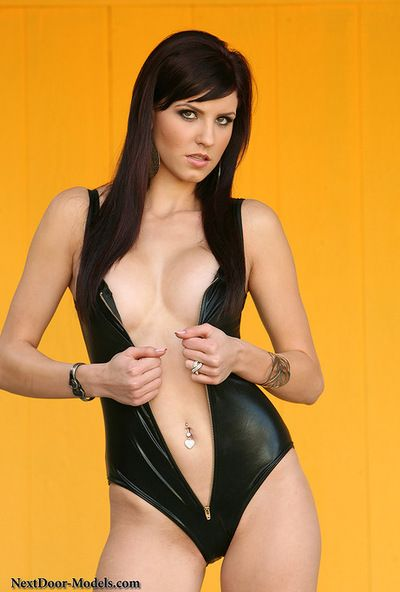 Slkim Autumn Prescott removes her leather costume and exposes her spectacular love button