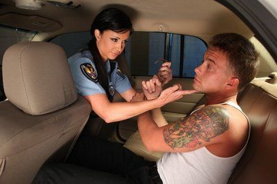 The pleasant chippy Jewels Jade is getting penetrated orally and vaginally in the car