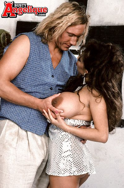 Latin babe MILF Boobsy Angelique displaying monster-sized pornstar boobs and butt
