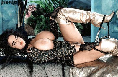 Brunette hair beauty Tawny Peaks unveiling massive MILF pornstar woman passports in boots