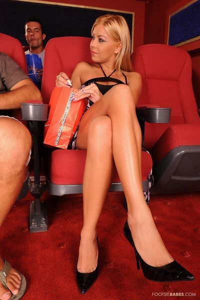 Spiteful golden-haired Nikki Blonde gains her toes licked and her snatch banged in the local cinema