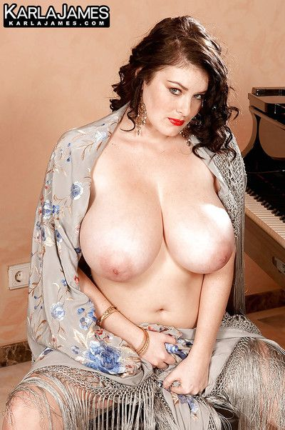 Dark hair dear pattern Karla James flashing enormous tits and underwear