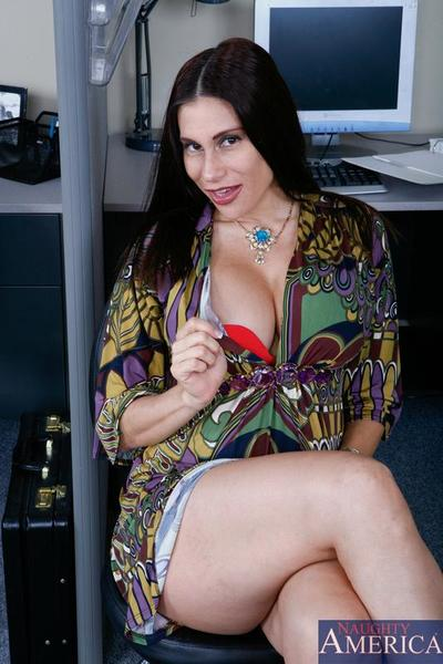 Big racked milf Sheila Marie in sexy red bra accepts her eager latin cage of love screwed in the office