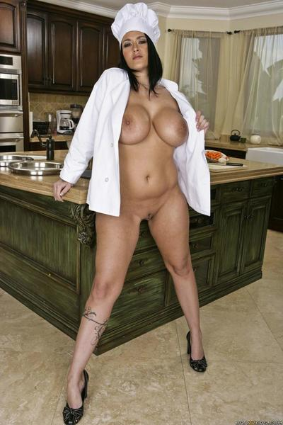 Juggy pornstar Carmella Bing is fond of cooking and astonishingly in the kitchen