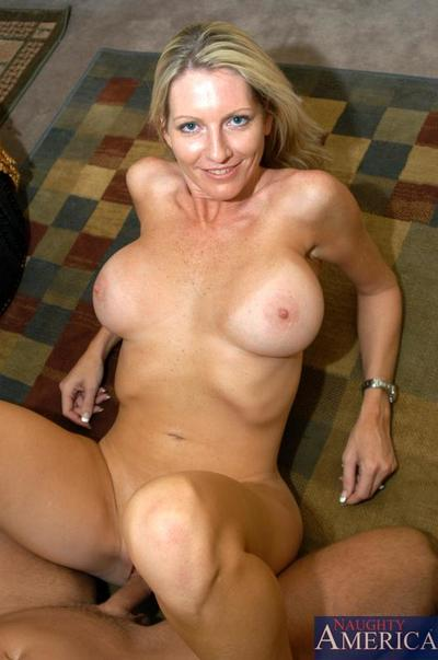 Immense racked fairy-haired Emma Starr disrobes undressed and accepts penetrated form 1st person perspective