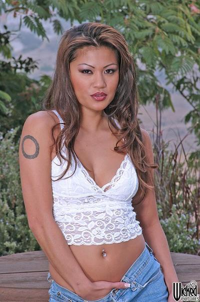 Fascinating Chinese Charmane Star has discerned a quiet place to disclose unclothed tits and love-cage