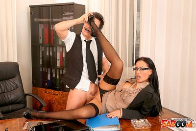 Office hottie screaming with a major snake compulsion that ass