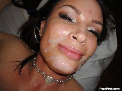 Dark brown MILF Diamond Foxxx deepthroating her masseur for sperm facial