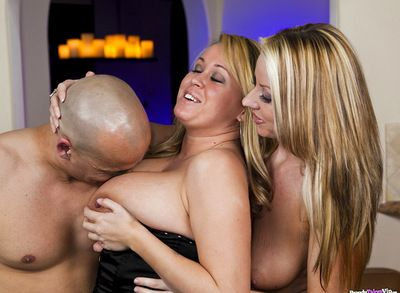 Dear Carolyn Reese and her sexy cutie are having amazing fuckfest in the room