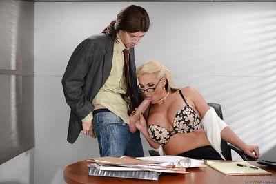 Nerdy blonde MILF Phoenix Marie swallowing cum from long dick