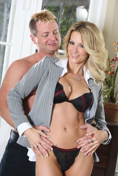 Blonde milf Jessica Drake riding the dick and fucking anal hole with fingers