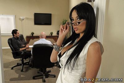 Raven haired busty woman Anissa Kate takes rocks stiff dick up her ass in the office