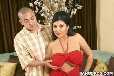 Sex with huge breasted latina milf Jaylene Rio makes dude totally happy