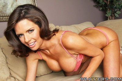 Busty MILF Veronica Avluv prefers hot sex with big dicked man to housekeeping