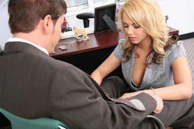 セクシー コク 事務所 Babe Ashlynn ブルック か off 彼女の 服 - 得 釘で打 月 a デスク
