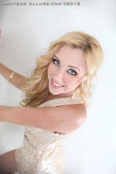 Blonde whore Samantha Saint gets lavish facial after pussy and oral fucking