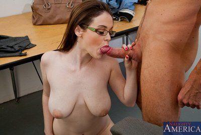The kinky four eyed doll with big boobs Tessa Lane enjoys the raunchy college sex