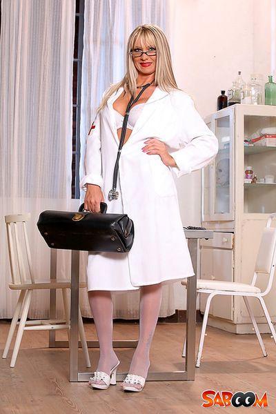 नर्स तस्वीरें
