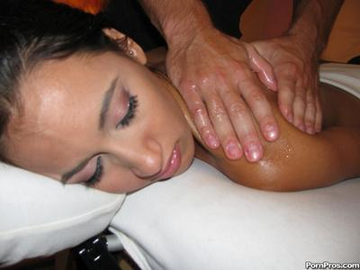 Amia Moretti gets her oiled tight pussy drilled and takes a nasty facial after massage