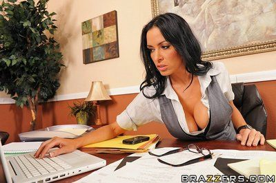 Big titted office brunette Vanilla Deville in amazingly sexy black lingerie gets a fuck at work