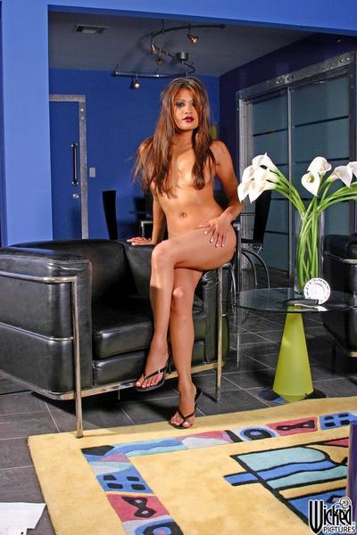 bu Utanmaz Asya Kız Charmane Yıldız tapıyor gösteren bu Sıcak çıplak vücut