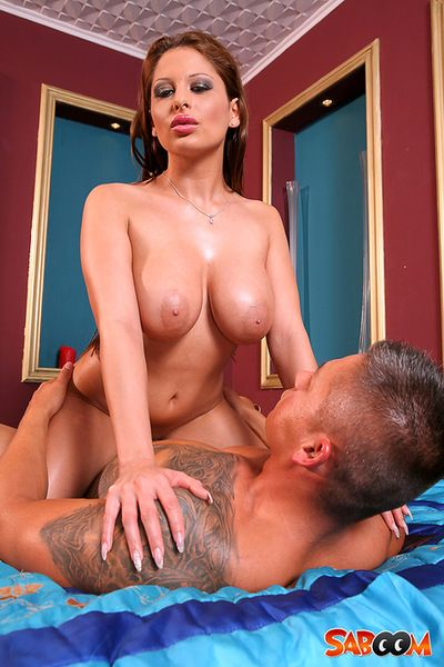 Check out voluptuous hottie getting wild along her masseur