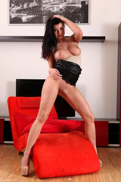 Voluptuous raven is in for a harsh solo along her trusty glass toy