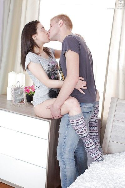 Adorable Iza dined well at her cherry and exchanges rewarding kisses