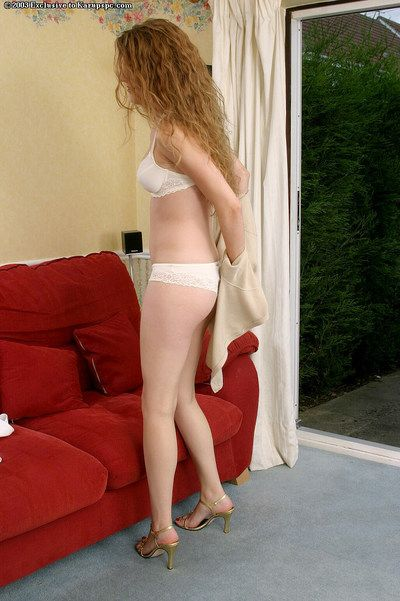 Aimee is amateur juvenile darling that willingly shows off her hirsute slit