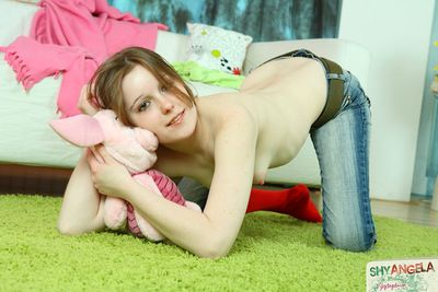 Shy Angela feels awesome by gently control her rigid slit with a stiff toy