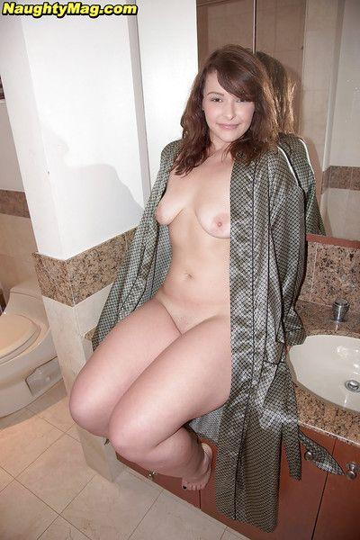 Juvenile babe Cali Haze revealing gigantic amateur arse and tattoos in bathroom