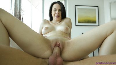 Veronica Radke was drilled in her wide-opened mouth on the livecam