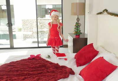 chaud blonde Babe dans Un Noël Robe Piper Perri Joue un Génial solo