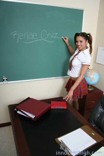 Latina schoolgirl Renae Cruz teases and shows her fake bra buddies at school
