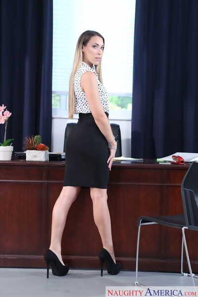 American secrétaire Kimber lee obtient déshabillé Nu sur dom de Son bureau bureau