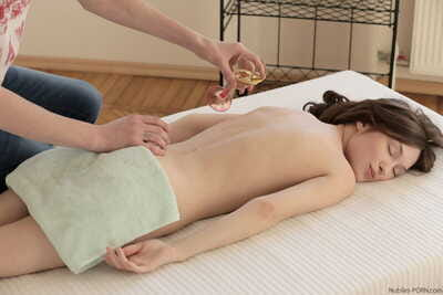 Petite tit Julie Vee gets her gentile fingered and rammed by her horny masseur