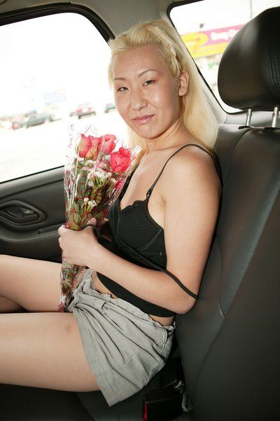 White-haired oriental Ciera Lin receives hardcore penetrated by black-haired european male