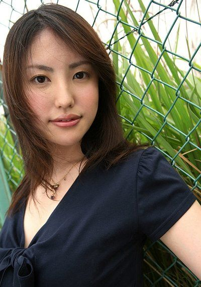 الشرقية الغراب الأميرة تاكاكو كيتاهارا يتمتع في إغاظة في البطن من على ويب الكاميرا