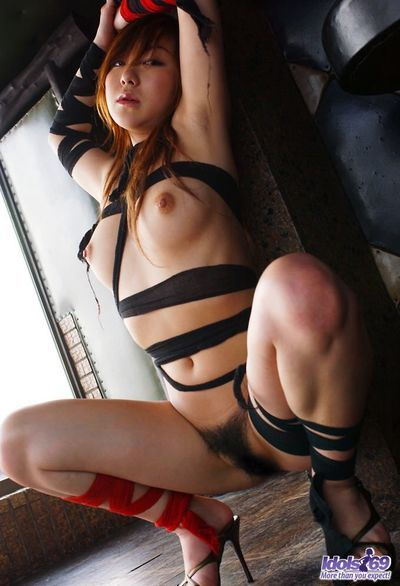 Enjoyable model with appealing waste and largest mambos Yumi Idols enjoys in showing her fetishes