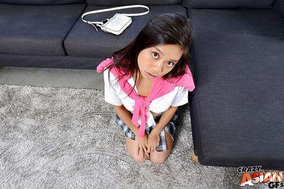 في سن المراهقة الرضع الممثلة في تلميذة موحدة لوسي يأخذ هنااا و تقبل كما الأم أعطى الولادة