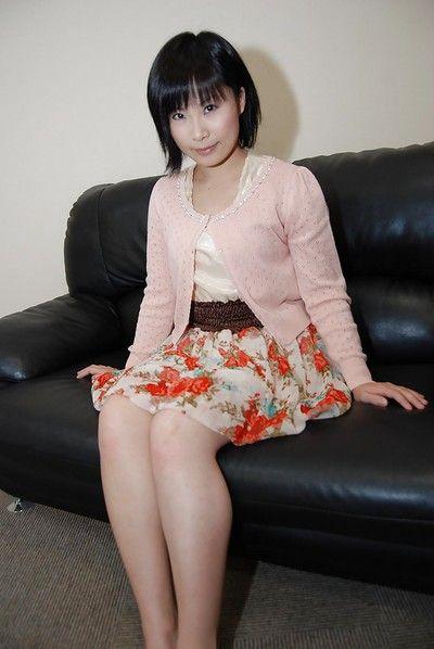 Chinese cutie Minori Nagakawa erotic dance down and exposing her bushy uterus