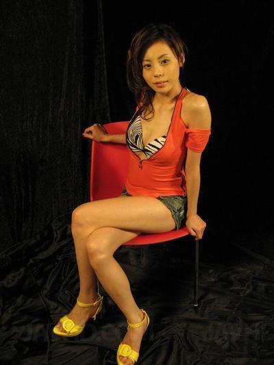Lovelu Oriental Natsumi Mitsu enjoys toys & masturbation with her BF and takes a enormous spunk emancipated