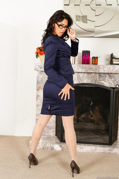 Wearing untamed nylons and uniform this Eastern model Dana Vespoli furthermore stripped off sooner than the live camera