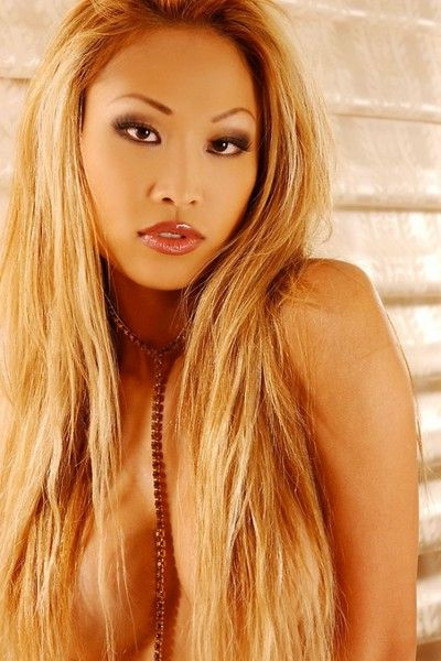 Attractive eastern temptress Toni Leigh attains as mother gave birth but hides her personal parts from u