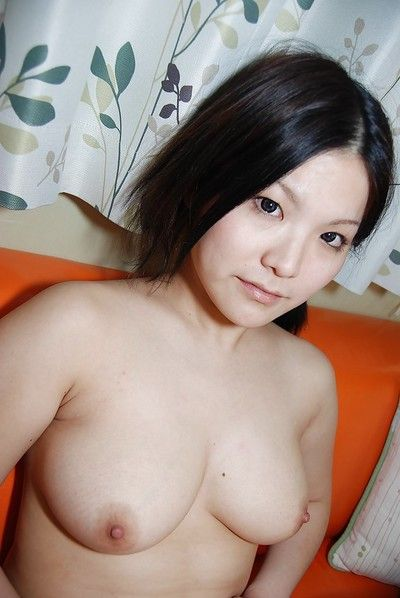 Sassy oriental doll in nylon knee socks strips and has some muff vibing satisfaction