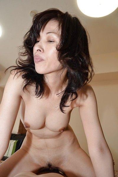 Hardcore Eastern brown hair Michiru Saeki is orally fixating this stick astonishingly cavernous