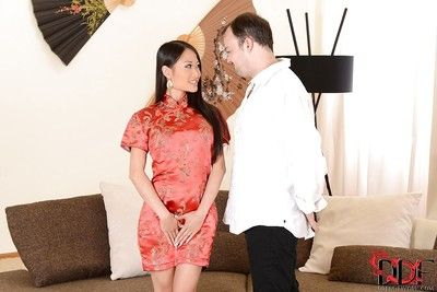 Nifty Chinese brunette hair PussyKat puts forward him unforgettable oral sex